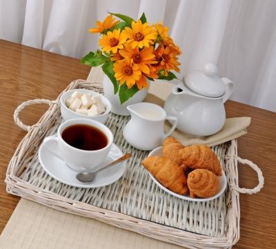 tea, breakfast, croissants