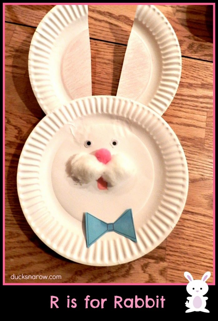Paper plate craft goes great with the Letter R is for Rabbit preschool lesson #Easter #bunny