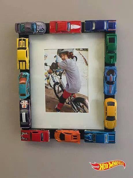 boys room picture frame, toys, DIY